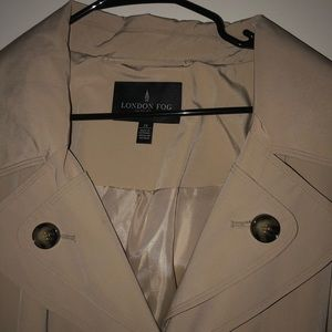 London Fog Water Repellant trench Coat with Hood,